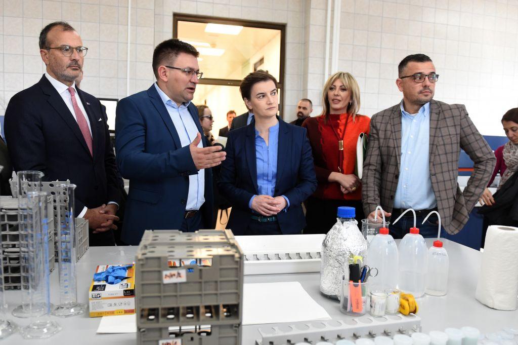 Proizvođači moraju da testiraju mleko dva puta mesečno u Nacionalnoj laboratoriji