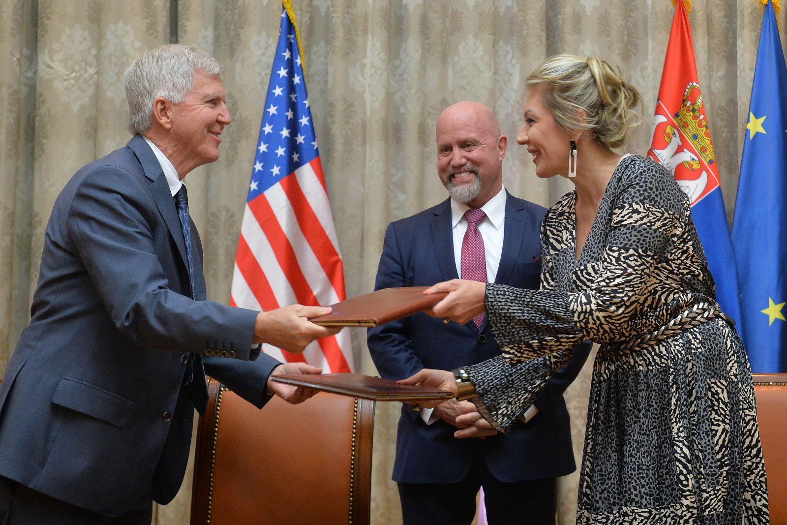 САД је стало до успеха Србије у  европским интеграцијама