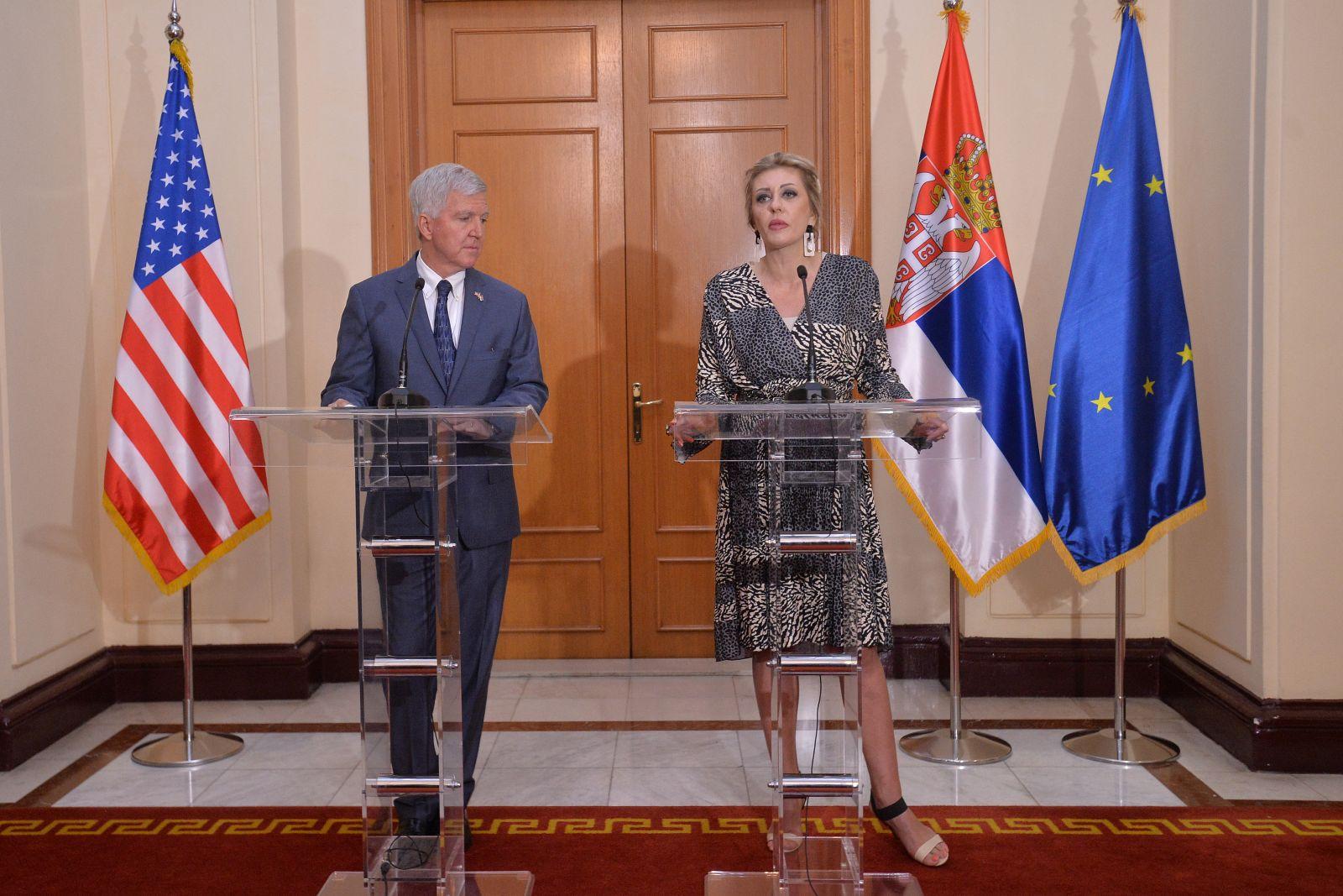 Ј. Јоксимовић: Укидање такси јасан услов за наставак дијалога