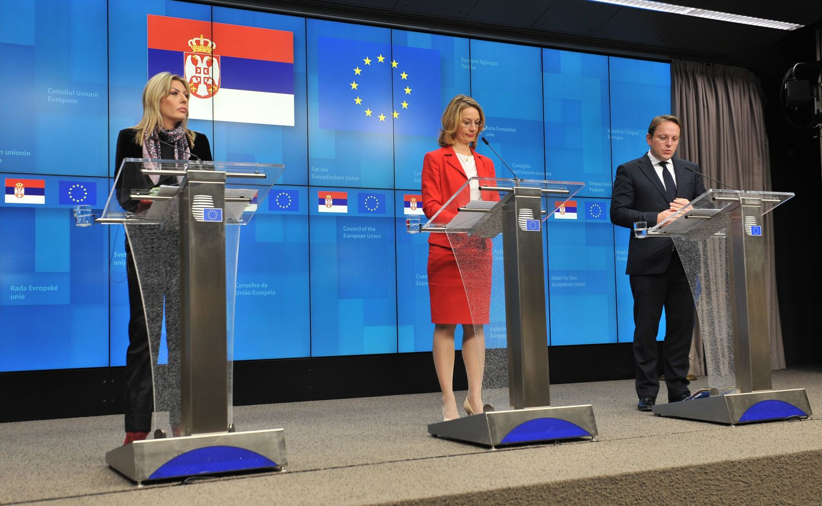 J. Joksimović: The opening of a chapter is proof that Serbia is implementing reforms
