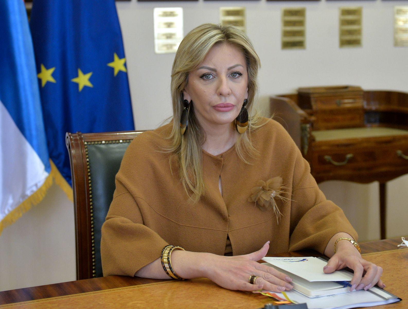 Ј. Јоксимовић и амбасадори ЕУ о наставку европских интеграција Србије