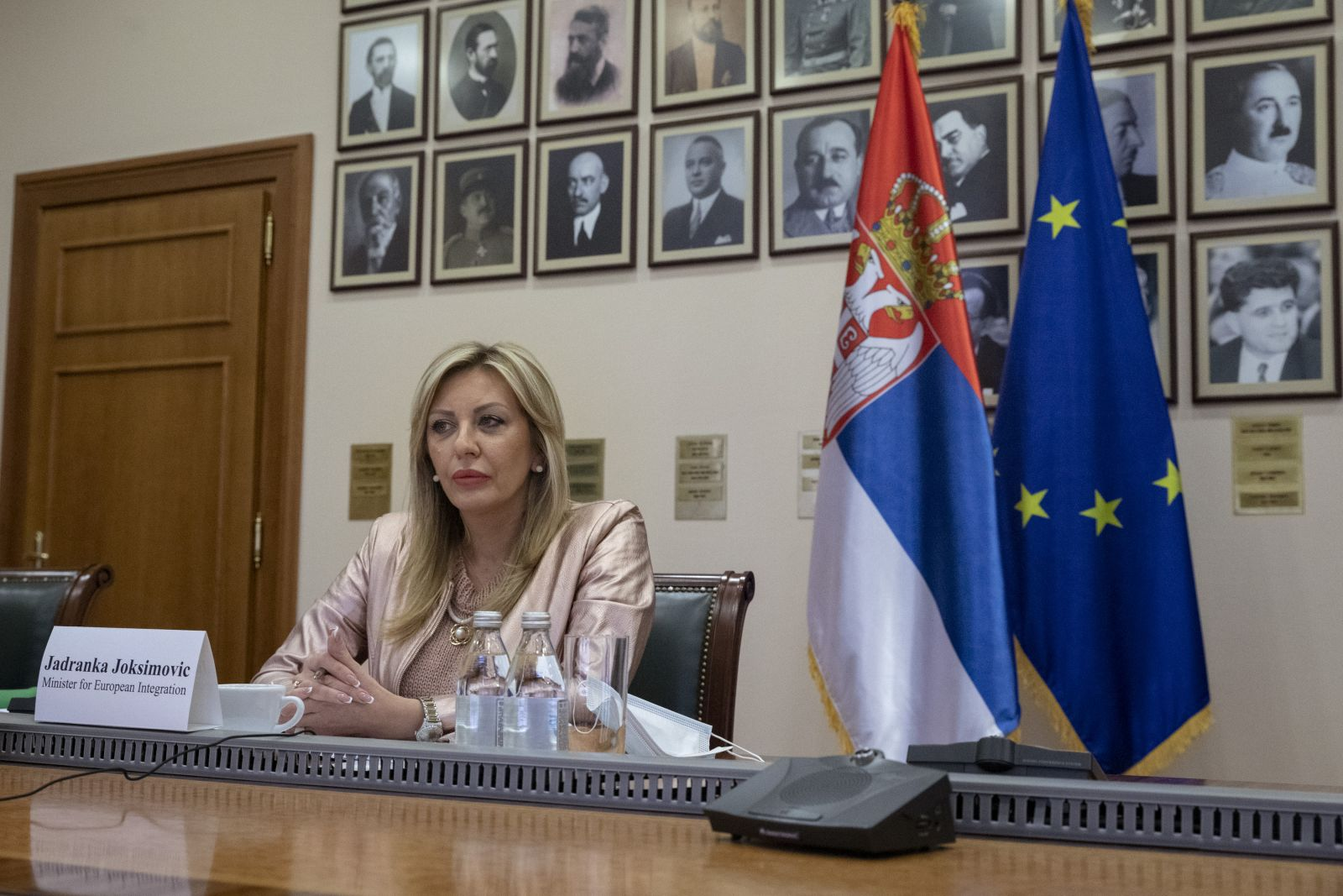 J. Joksimović, Várhelyi and WB ministers on Economic and Investment Plan