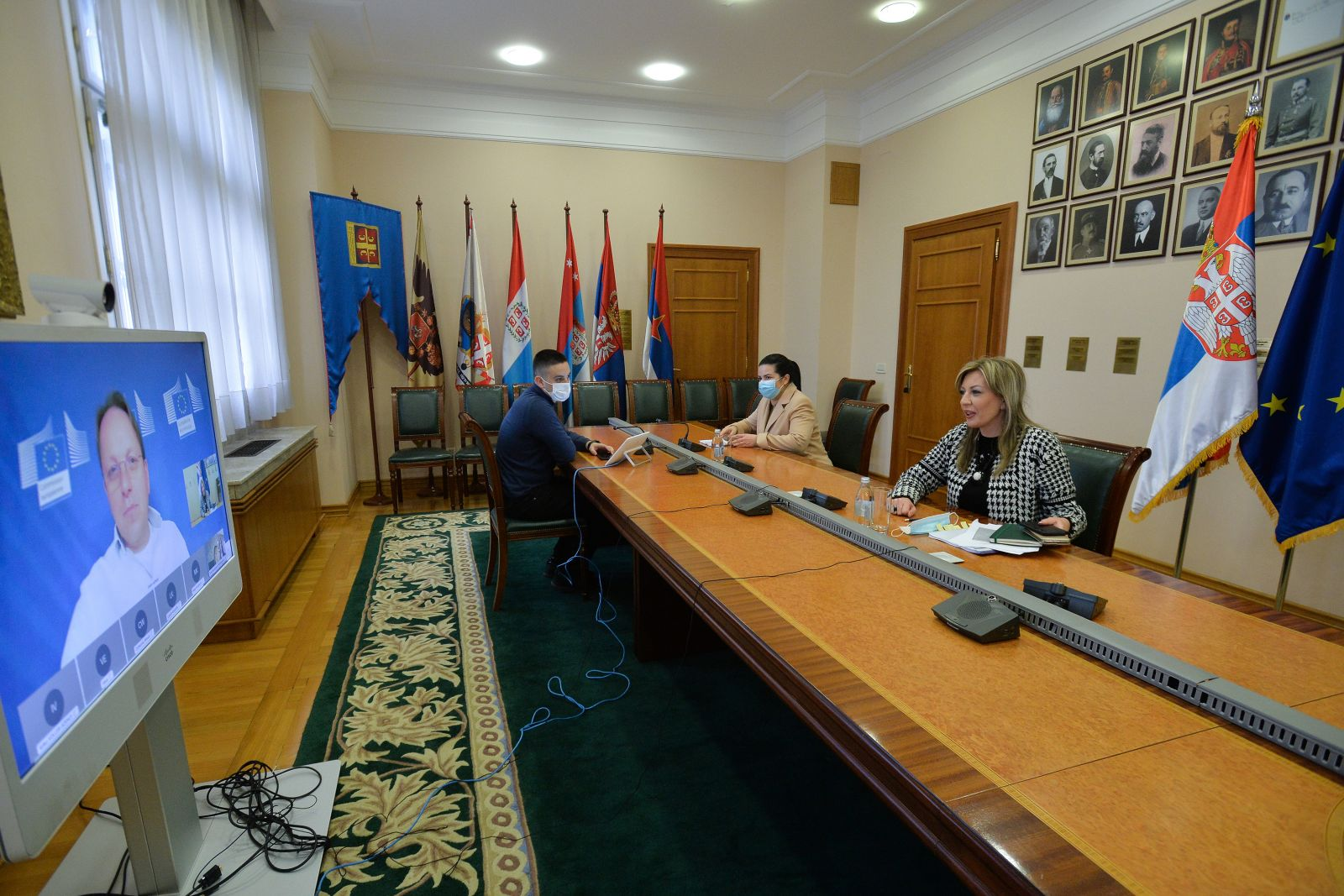 Ј. Јоксимовић и Вархеји: Нова методологија за већи кредибилитет преговора