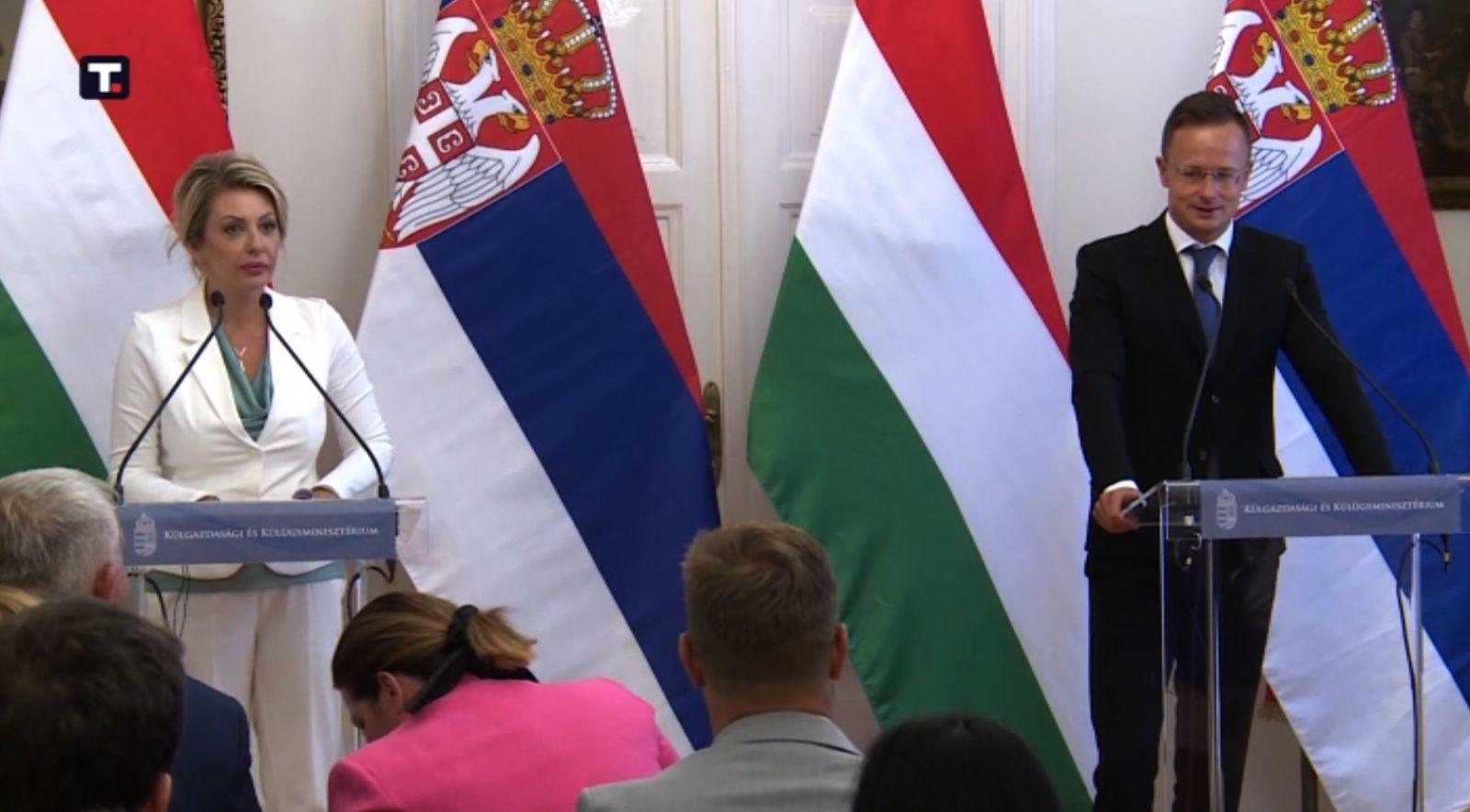 Ј. Јоксимовић: Мађарска жели јаку ЕУ, Сијарто: Нема јаке ЕУ без Србије