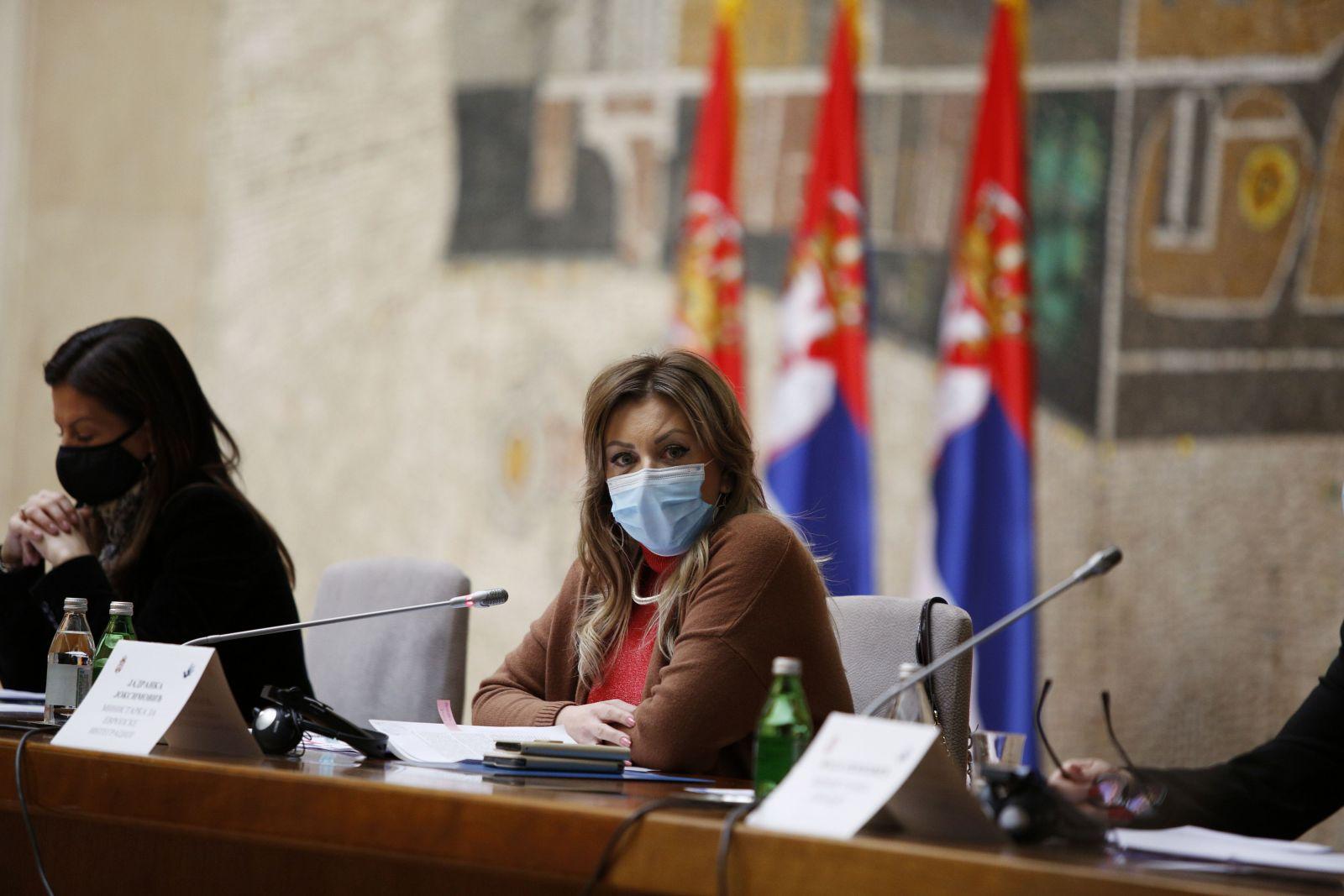 Ј. Јоксимовић: Отворити суштинска питања родне равноправности