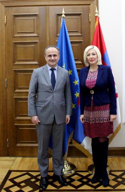Ј. Јоксимовић и Бакота: Билатерална питања решавати одговорним дијалогом