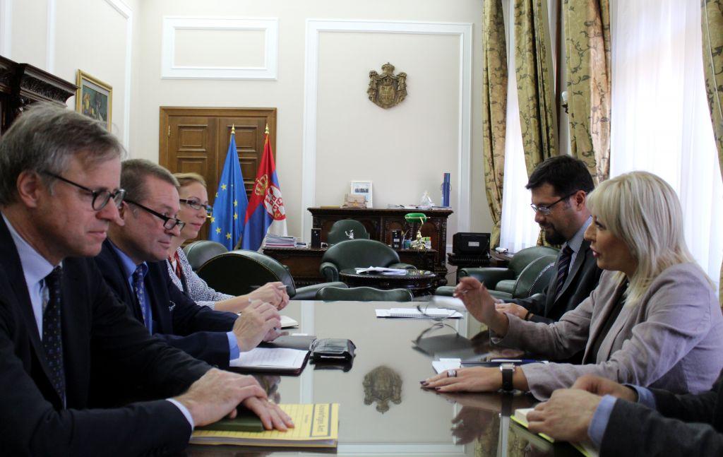 Ј. Јоксимовић и Шатшнајдер: Реформе дају резултате