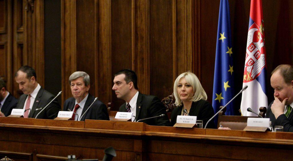 Ј. Јоксимовић:  Предвидив оквир важан за европски пут