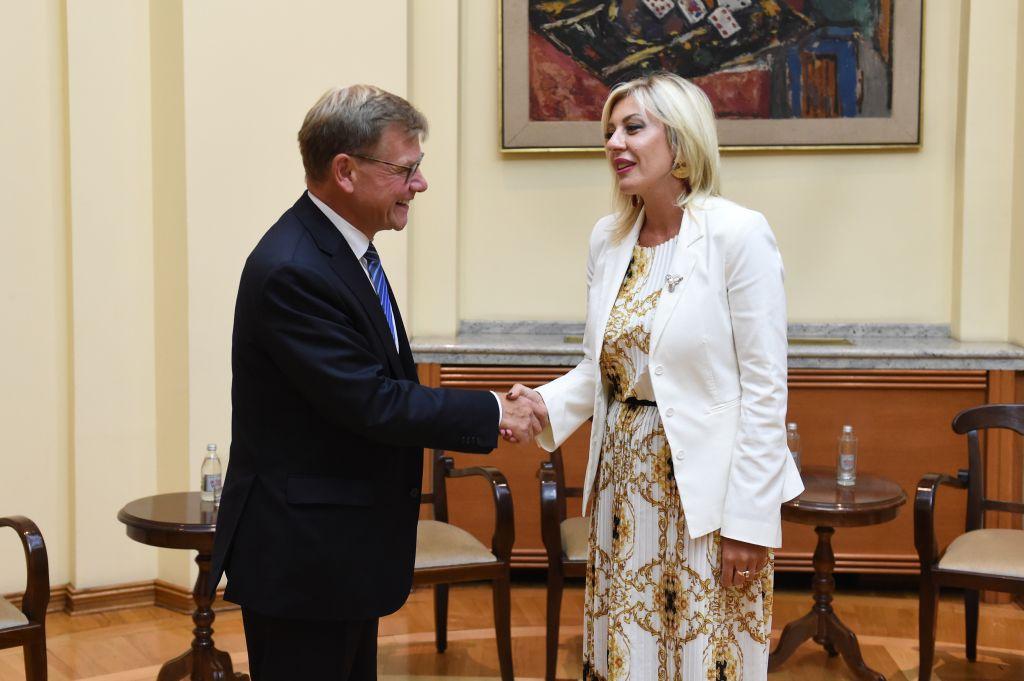 Ј. Јоксимовић и Вадефул: Србија доказани фактор стабилности региона