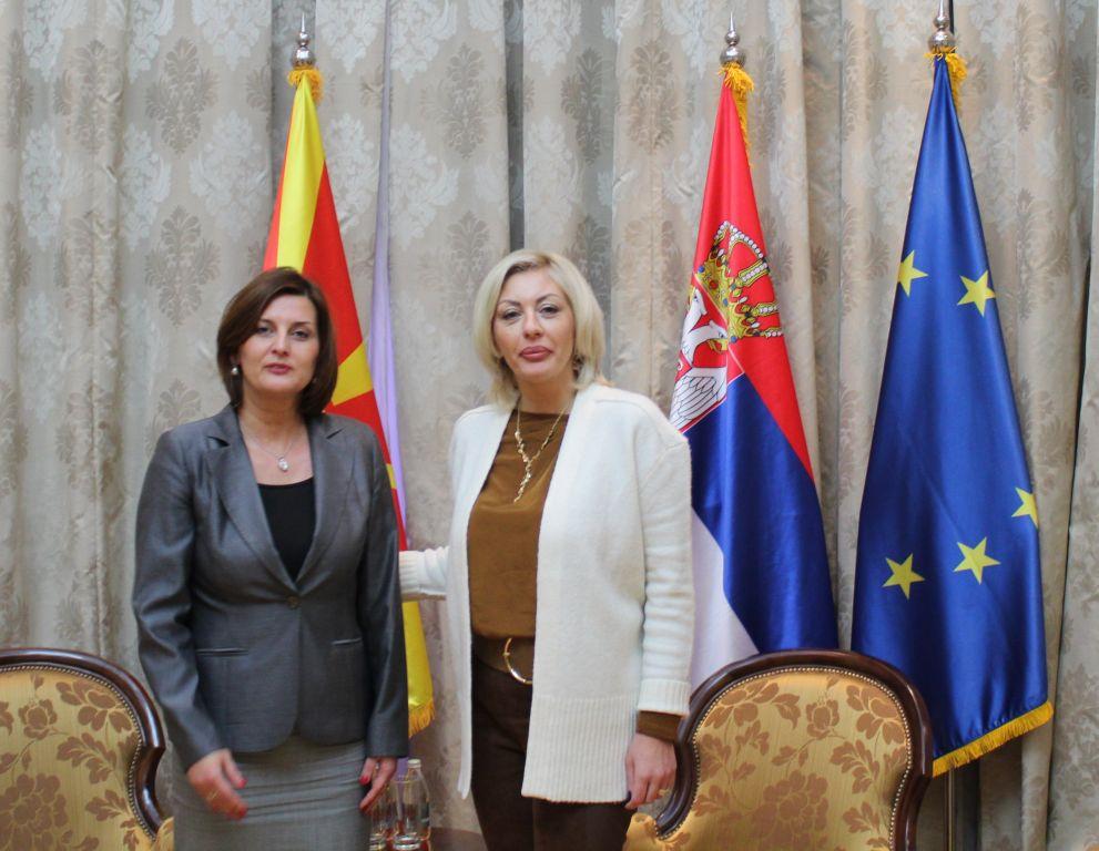 J. Joksimović primila u oproštajnu posetu ambasadora Jovanovsku