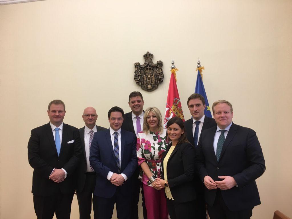 Ј. Јоксимовић и посланици ЦДУ: Немачка и Србијa политички и економски партнери
