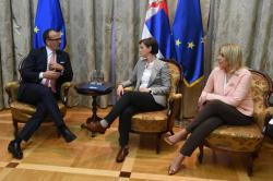 Meeting of the Ambassador of the EU to Serbia Sem Fabrizi with the Prime Minister of the Republic of Serbia Ana Brnabić and the Minister of European Integration Jadranka Joksimović regarding handover the Report of the EC for 2018