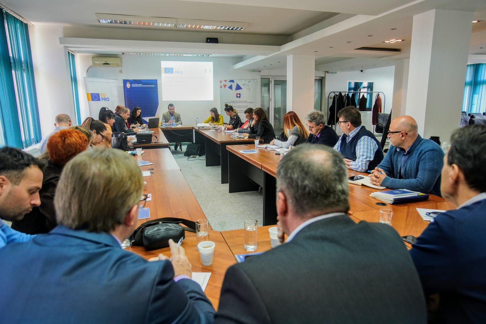 Одржана информативна радионица о ЕУ фондовима за привреднике
