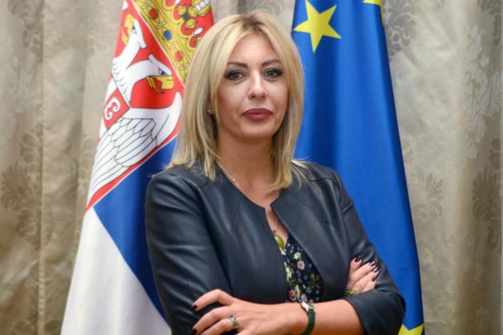 Ј. Јоксимовић: Мање од два поглавља било би вештачко успоравање Србије