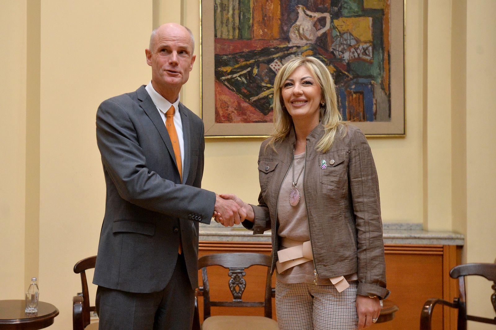 Ј. Јоксимовић и Блок: Напредак у складу са критеријумима из преговарачког оквира