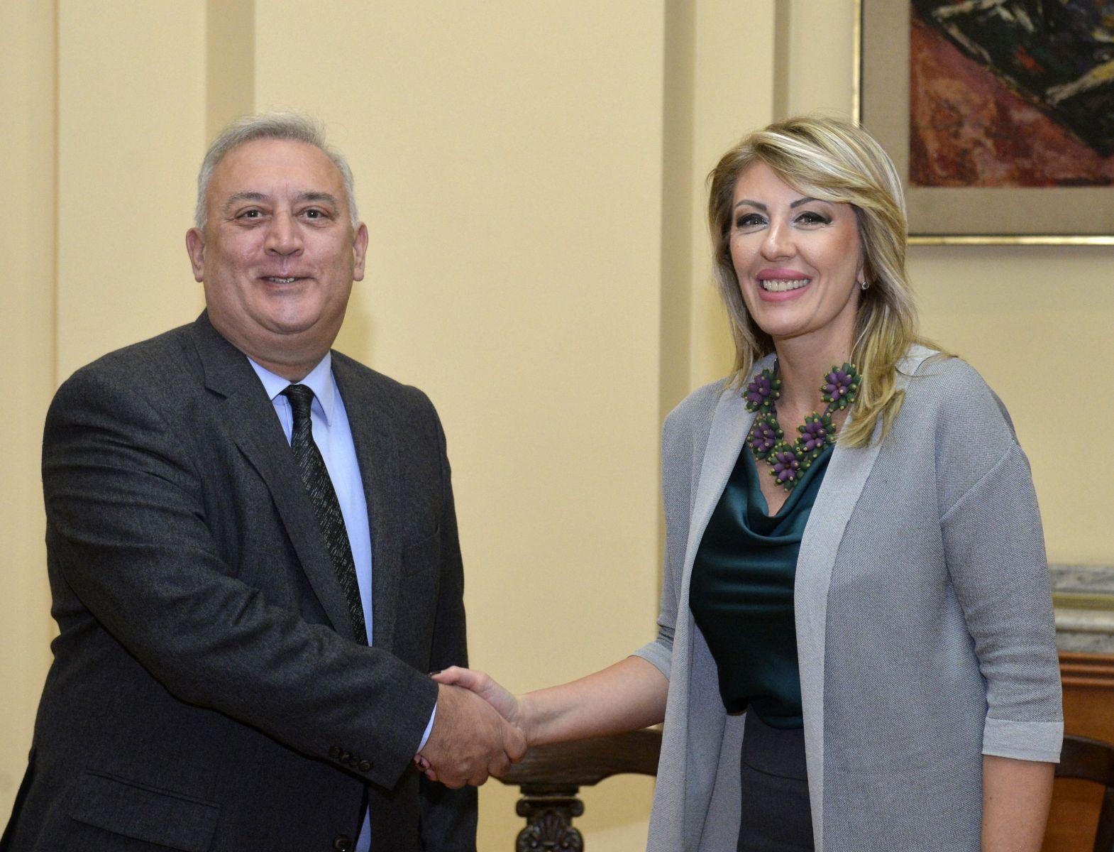 Ј. Јоксимовић и Диакофотакис: Важна нам је грчка подршка на европском путу