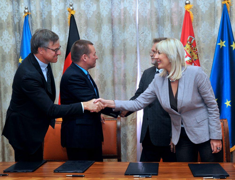 Ј. Јоксимовић: Да покажемо ефикасност у коришћењу фондова из ЕУ