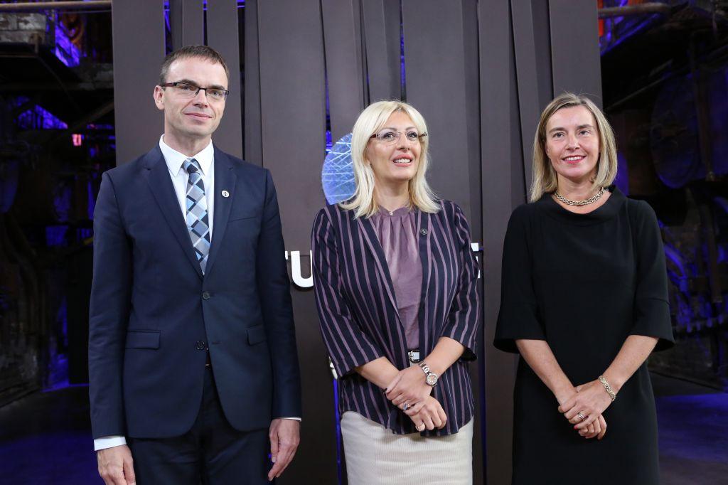 Jadranka Joksimović: Serbia contributes to EU security