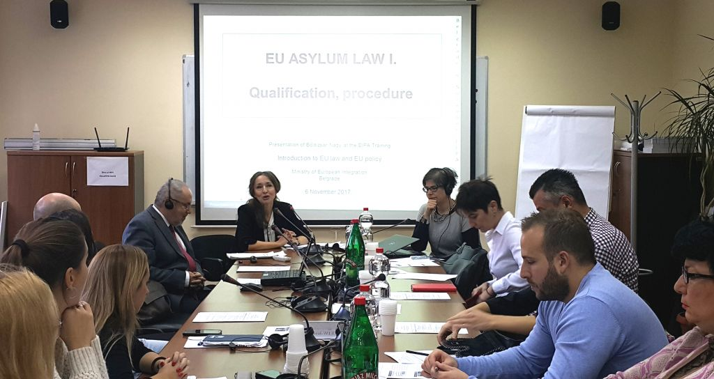 EIPA experts present the EU Migration and Asylum Policy
