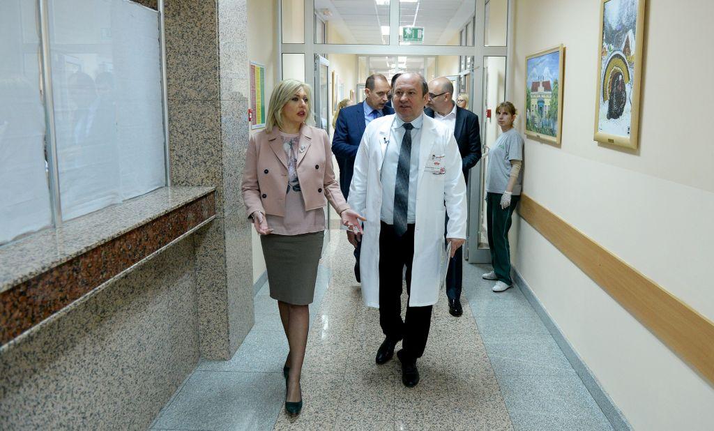 Ј. Јоксимовић и Лончар: Користимо ЕУ фондове и у борби против пораста малигнитета у Србији