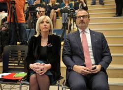 Јадранка Јоксимовић и Сем Фабрици