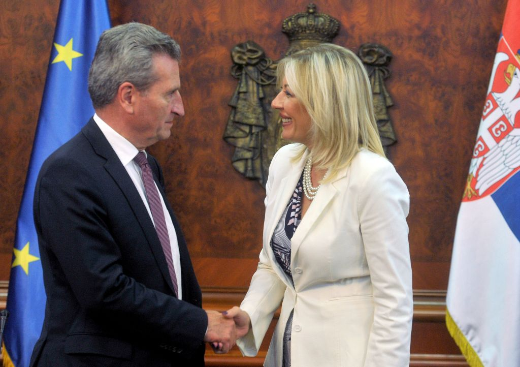 J. Joksimović and Oettinger: Serbia can be a good example of development through European integration