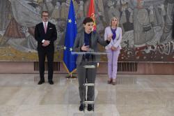 Амбасадор ЕУ у Србији С. Фабрици, премијерка А. Брнабић и министар Ј. Јоксимовић