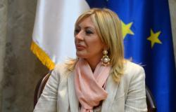 Састанак министра Јадранке Јоксимовић са Матијем Антоненом