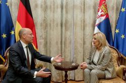 Министар Ј. Јоксимовић и посланик немачког Бундестага Бајер