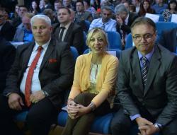 """Ј. Јоксимовић на уручењу """"Октобарске награде"""" општине Бојник"""