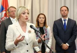 Ј. Јоксимовић, уручивање уговора за ревитализацију пројеката у области економског оснаживања жена