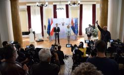 Министар за европске интеграције Ј. Јоксимовић са Гернотом Блумелом