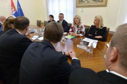 Ј. Јоксимовић и посланици ЦДУ