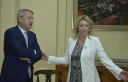 Министар за европске интеграције Јадранка Јоксимовић са Георгијем Ћиамбом