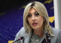 Министар Ј. Јоксимовић