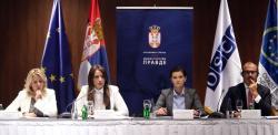 Министар Ј. Јоксимовић на округлом столу у вези са Нацртом уставних амандмана у области правосуђа